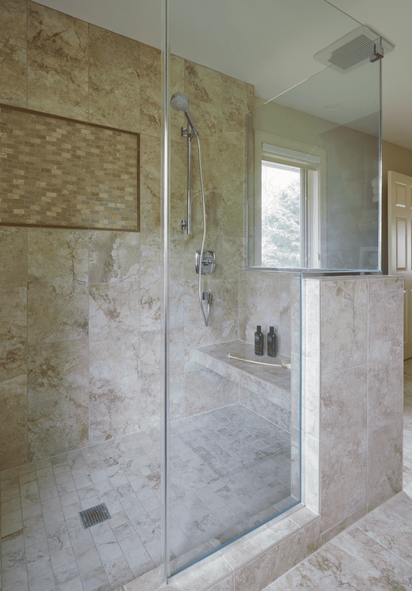 Mequon-Transitional-Master-Bath-after-4